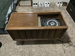 Vintage 1960s Console Stereo Cabinet Magnavox