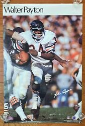 Walter Payton - 1978 Sports Illustrated Si Poster Nfl Hof 21x32 Chicago Bears