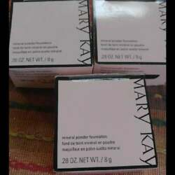 Mary Kay Mineral Powder Foundation Ivory and Beige $12.99