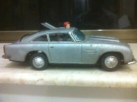 pre gilbert 50s james bond aston martin car