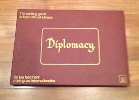 diplomacy war game by 1971 wooden pieces