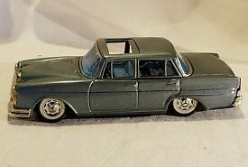 tin friction 1960 mercedes benz 220 sunroof
