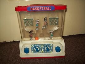 tomy waterfuls basketball water game toy