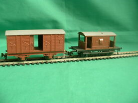 playcraft wagon with sliding doors and brake