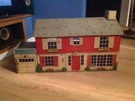 vintage marx tin doll house with lots of