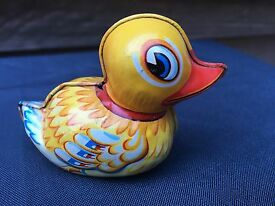 vintage 1950 s tin baby duck made in western