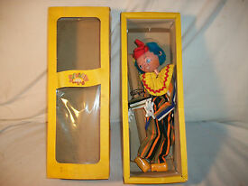 puppet ss6 clown made in england with