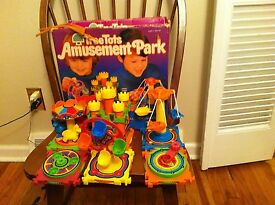 vintage 1976 kenner family toy tree tots