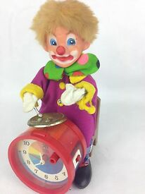 vintage battery operated clown clock made in