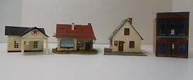 lot of 4 ho scale built houses stores