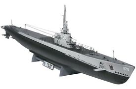 revell 1 72 gato class plastic model kit 85