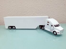 1 68 display kenworth t700 container white