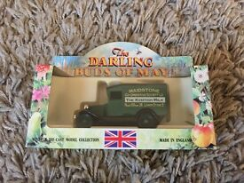 1991 lledo collectable diecast model darling