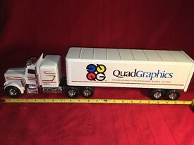 quad graphics semi tractor trailer truck