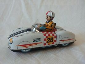 yonezawa bump n go racer tin toy car