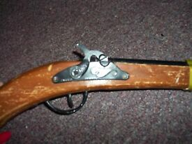 vintage pistol toy gun savannah tn 1689 made