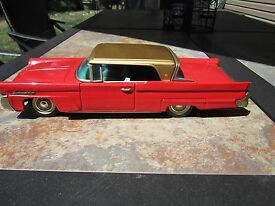 1958 lincoln continental red and gold tin