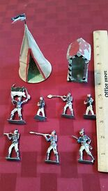7 vintage toy lead soldiers and sentry guard