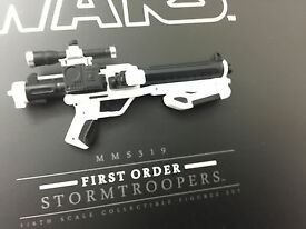 1 6 hot toys star wars first order