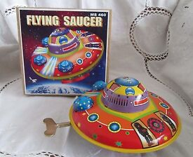 vintage retro tin flying saucer space