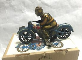 hermanos limited edition 922 motorcycle tin
