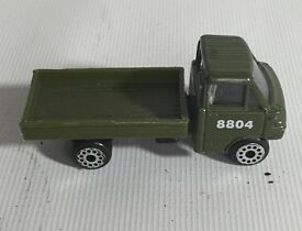 vintage 1 64 diecast zee zyll green army