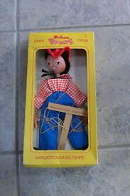 pelham puppet in the box made in england
