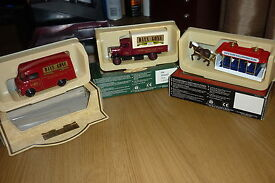 days gone set of 3 vehicles 2 x1959 morris