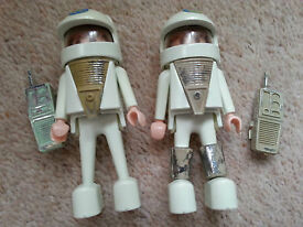 playmobil spacemen 2 figures early s