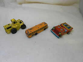 3 old vintage antique tin die cast toys case