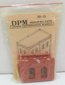 dpm 30112 ho one story wall sections w