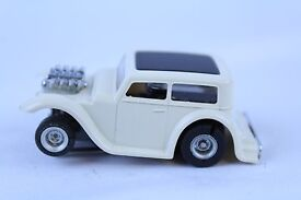 vintage aurora afx white 32 ford sedan ho