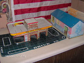 marx tin gas station and house lower price
