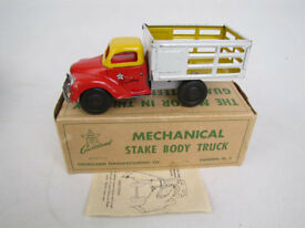 vintage wind up tin stake truck 3200 in box