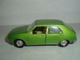 spain renault 14 1 43 scale missing its