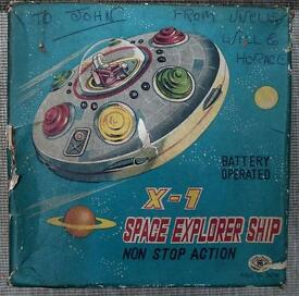 space ship explorer x 1 flying saucer tin