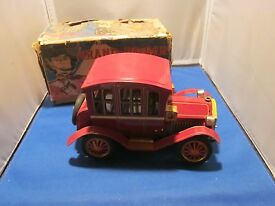 vintage tin battery operated grand pa car