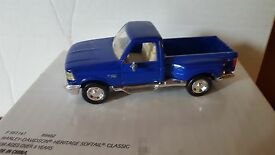 loose 1 32 ford f 150 blue