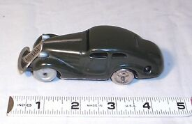 studio 1001 wind up tin toy race car us zone