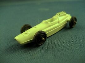 tootsietoy racing car almost mint 2 3 8