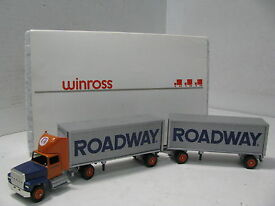 diecast 1 64 scale roadway express inc