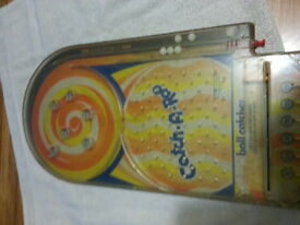 vintage catch a roo pinball game by toy