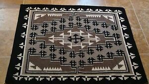 FINE ANTIQUE NAVAJO TWO GRAY HILLS RUG A MAP DESIGN GUIDING TO SACRED 4MOUNTAINS