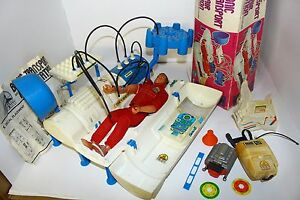 kenner bionic transport and repair station