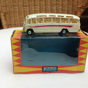 triang m1664 coach original box excellent running