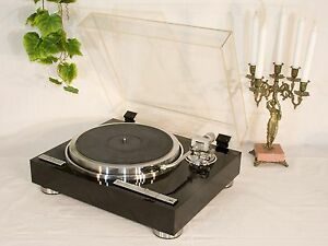 Kenwood KP-1100 Quartz PLL Direct-Drive Auto Lift Up Turntable (TESTED - OK)