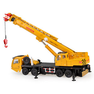 Mega Lifter Crane Construction Vehicle Car Model Toy 1:55 Scale Diecast with box