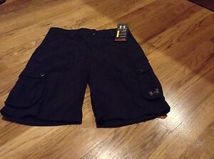 NWT Boys Under Armour Golf Shorts Size Youth Large