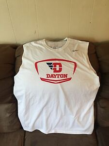 Men's NIKE Dri-Fit University of Dayton Flyers Basketball Shirt XL Team Issued