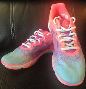 Under Armour Running Shoes Sneakers Women's Size 7 Pink Blue Purple Gym Walking